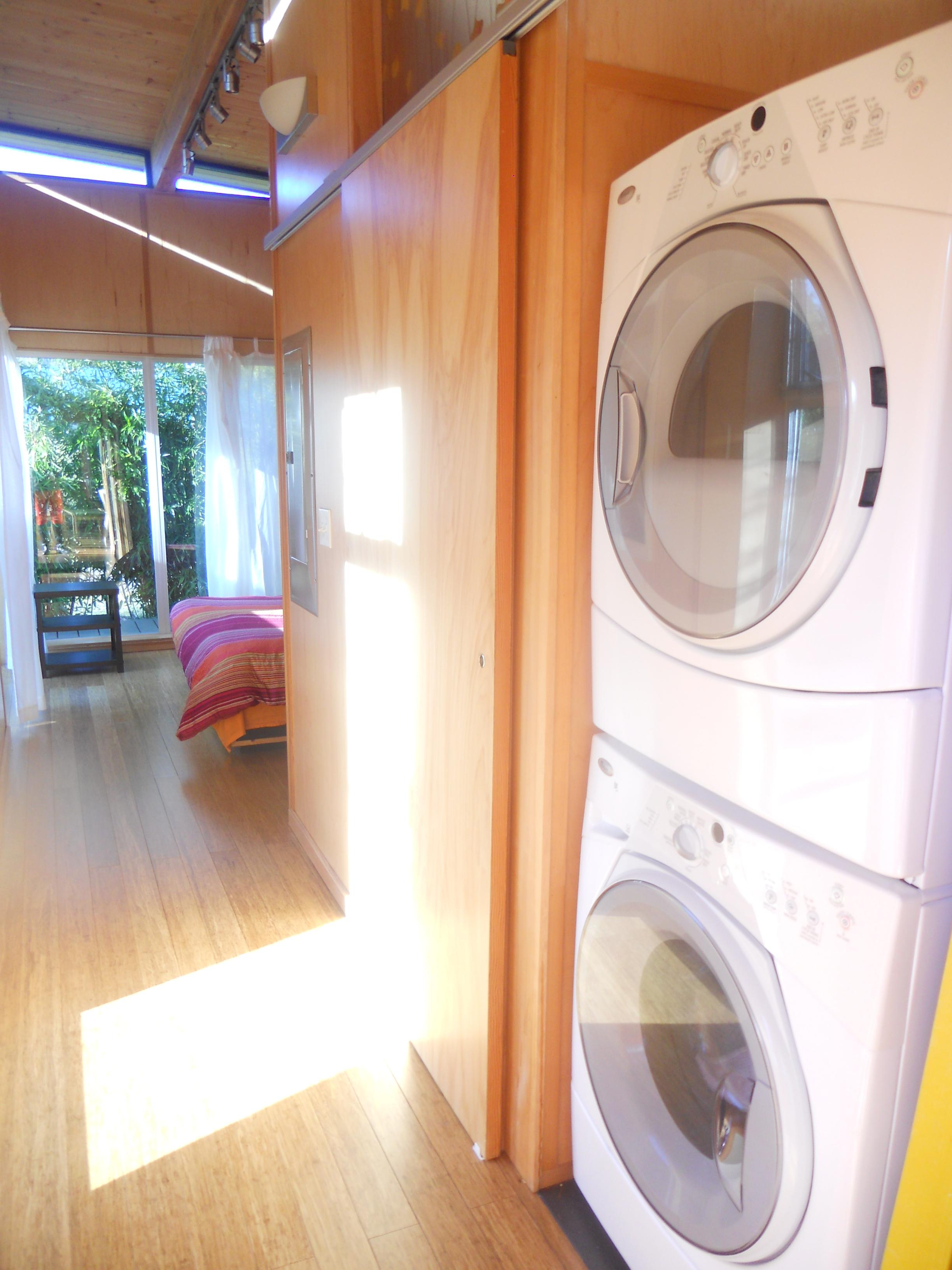 ^ modernsheddwellinglaundry4