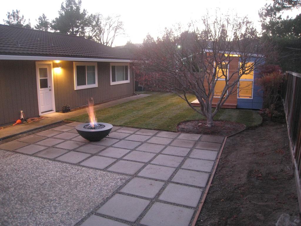 mike probach modern shed Modern House
