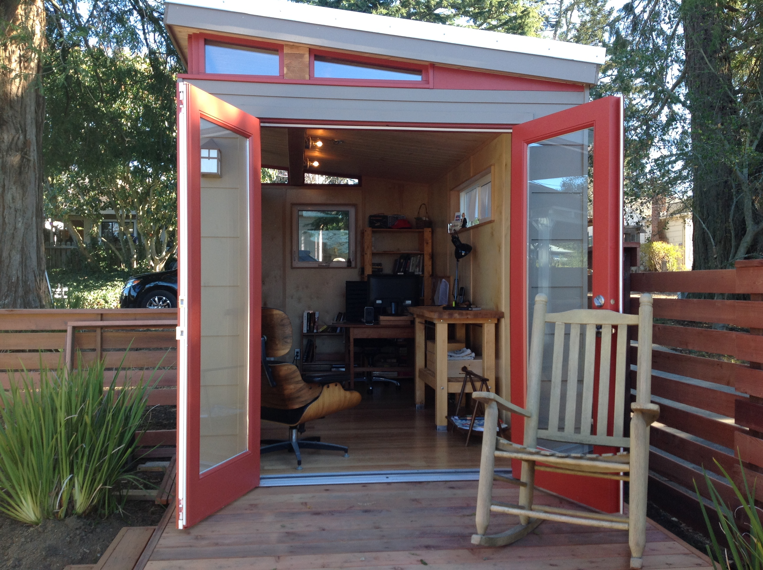 Mike Jones Uses His Modern Shed Home Office As A Place To Write And Work
