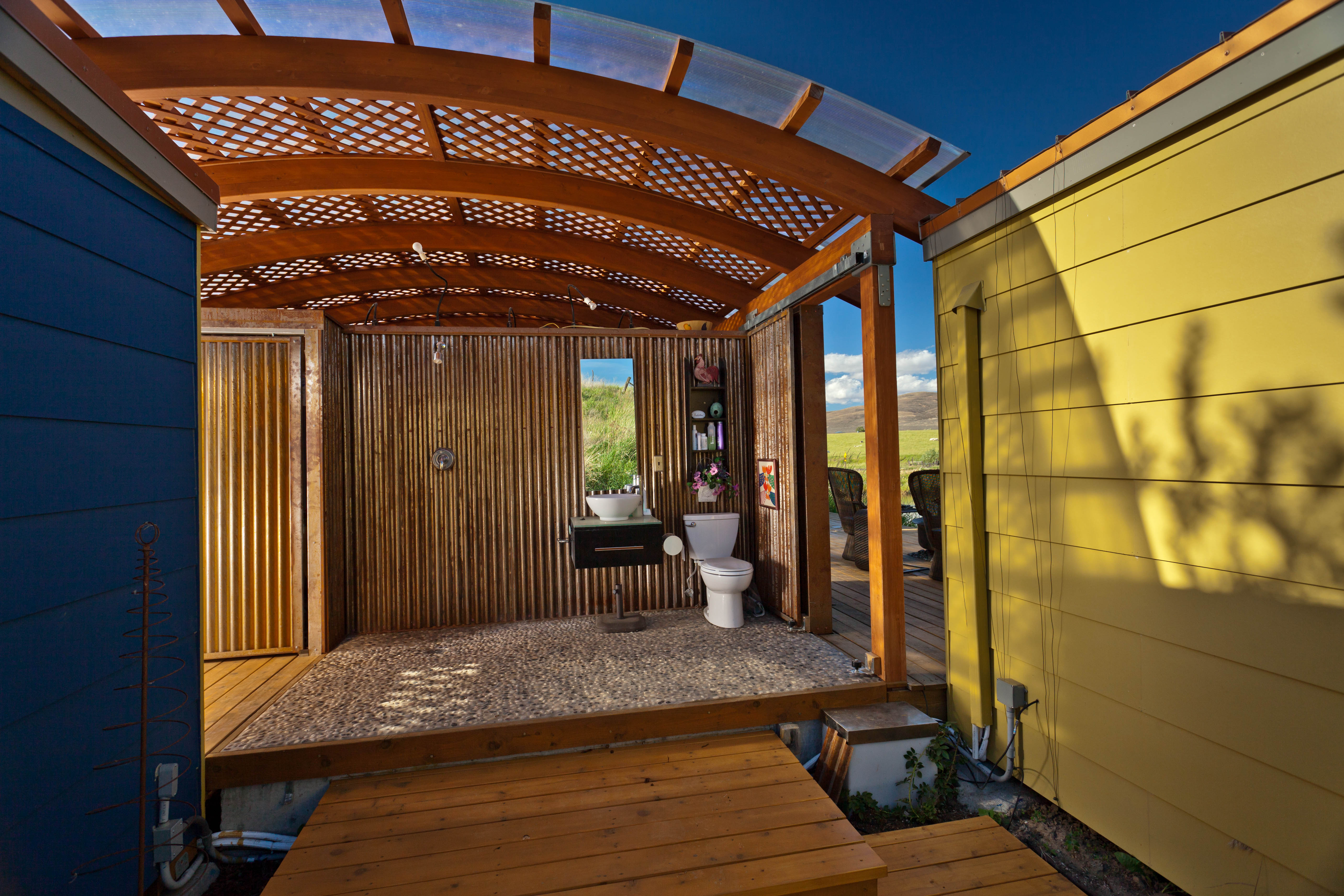 ^ his Modern-Shed application deserves to be seen