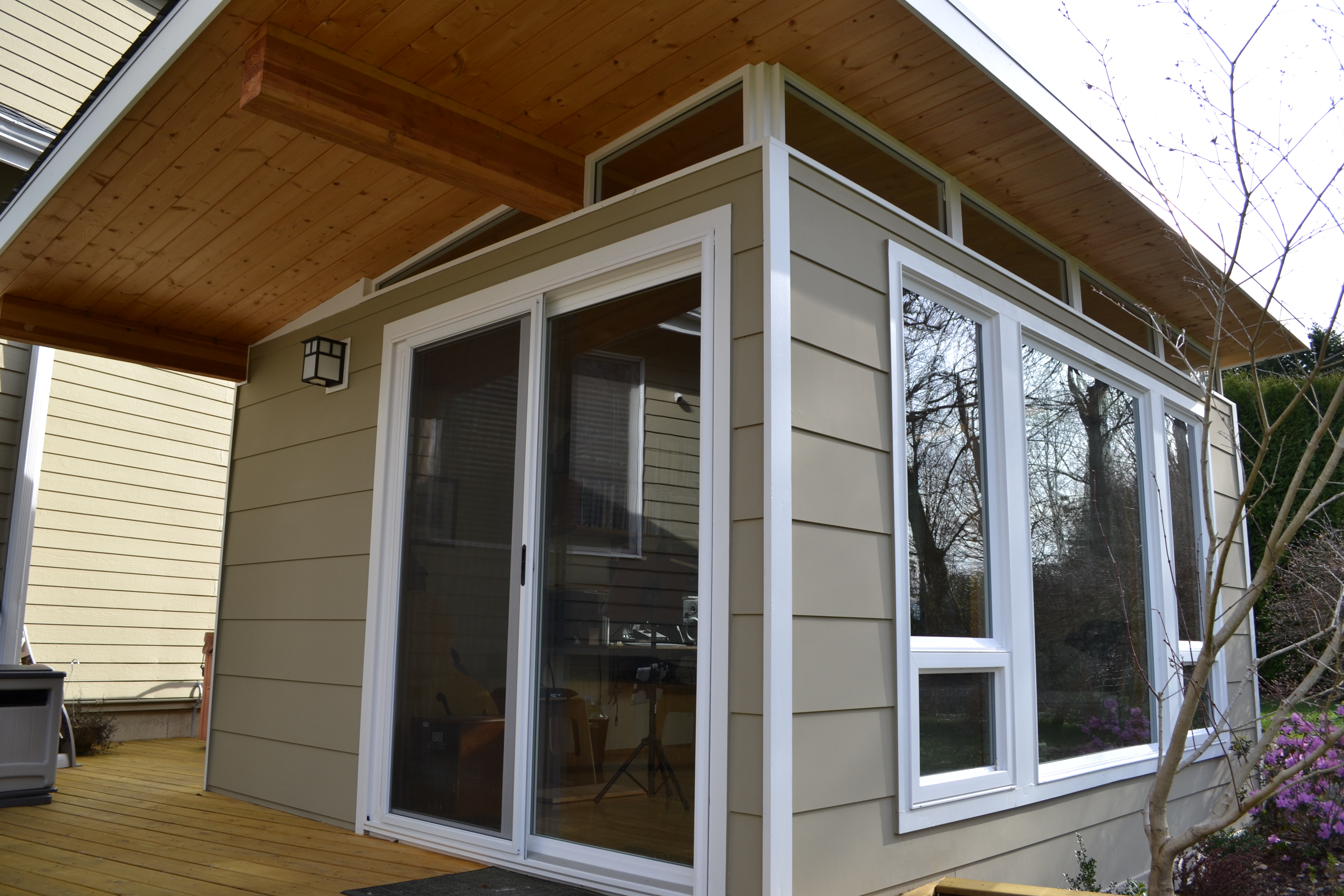 At Modern-Shed we have done extensive research to find the most appropriate window and door lines to meet our customer\u0027s needs and style. & The nuts and bolts of windows and doors |