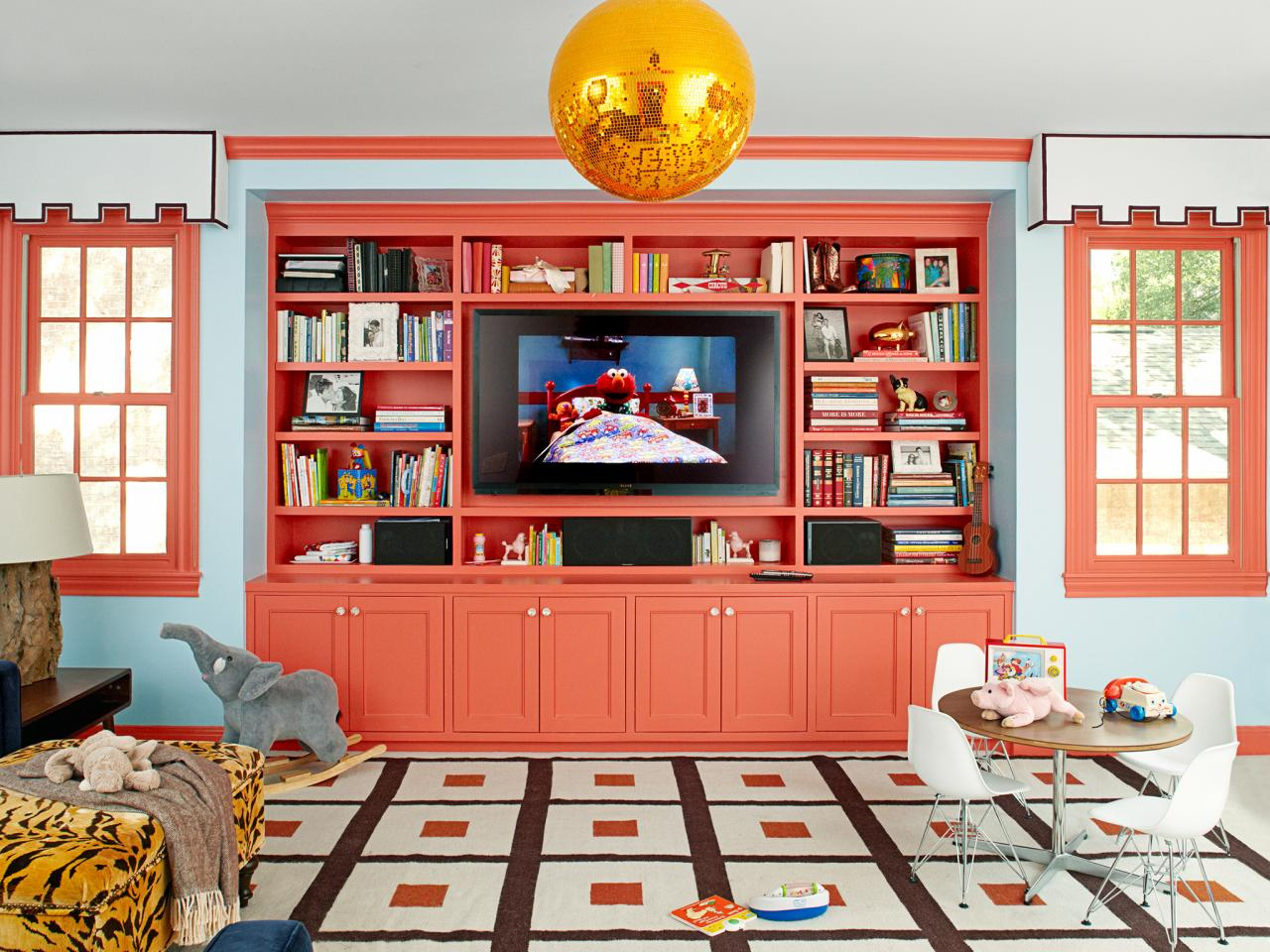 Color in built in furniture